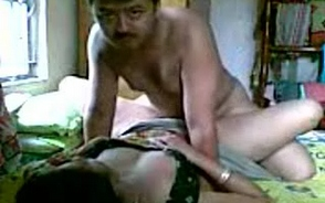 Video gal 14. Mature karachi wife fucked by her man in bedroom