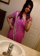 Picture gal 35. Horny pakistani girl nida self shooting in